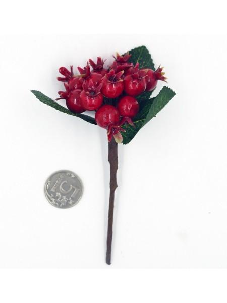 Веточка с ягодами шиповника 15 см цвет красный