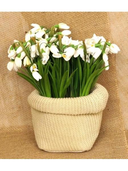 Кашпо-сумка для цветов вязанная Классика