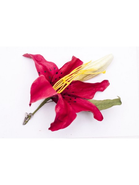 Цветок лилия 15 см на прищепке 402