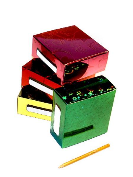 Коробка голографическая 117/01 прямоугольная с боковыми окошкам 11 х 11,5 х 5 см