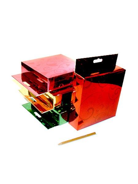 Коробка голографическая 120/01 квадрат с европодвесом 16,5 х 16,5 х 4 см