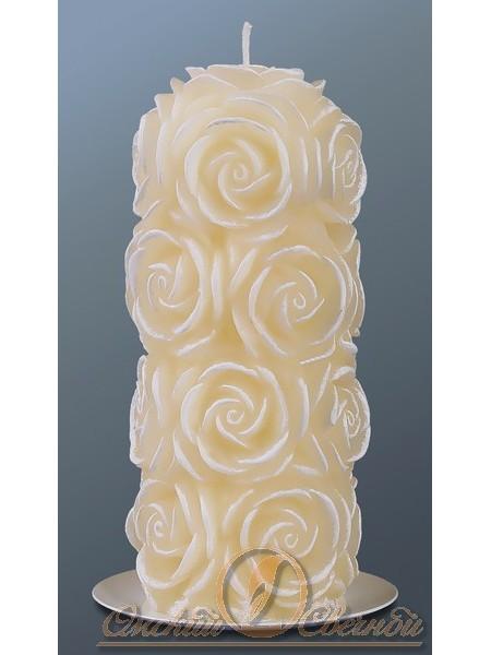 пенек в розах свеча 70х160мм кремовый