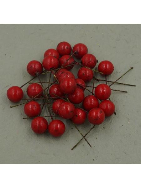 Ягода на вставке красная 2 см упаковка 190-200 шт