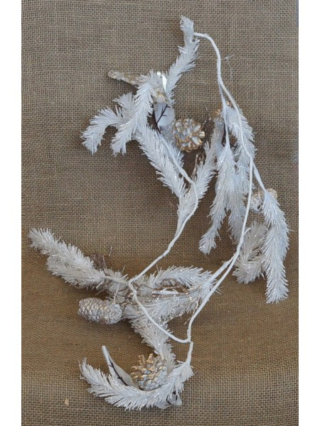 Гирлянда белоснежная с позолоченными шишками 128 х 18 х 5 см