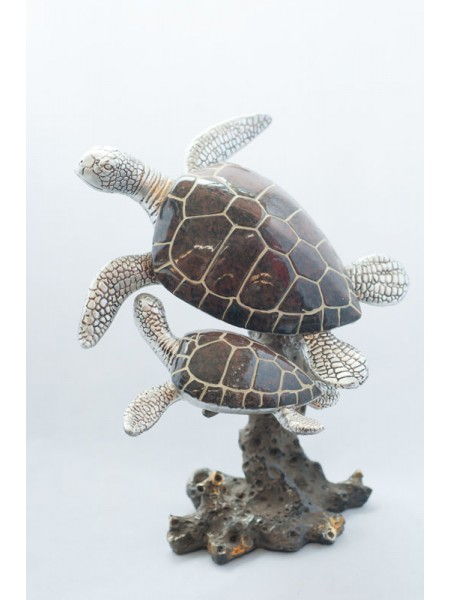 Две черепахи фарфор 19 х 21 см  8615