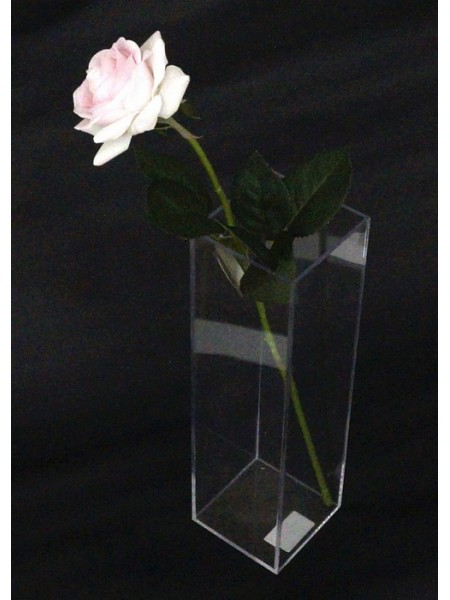 Акриловый бокс для цветов  28 х 8 х 8 см
