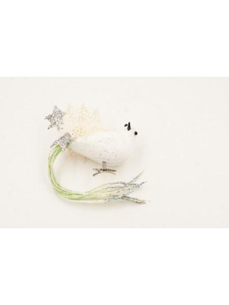 Птичка зимняя на клипе елочное украшение
